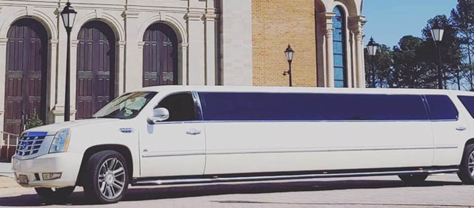Wedding limousine service tips